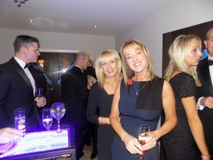 manchester dinner party mobile bar hire cheshire ,caterers manchester ,mobile bar hire manchester